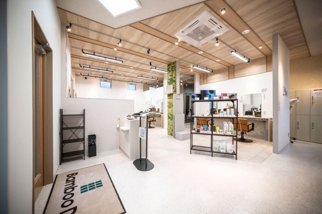 Bamboo DA 前原店 / Fukuoka