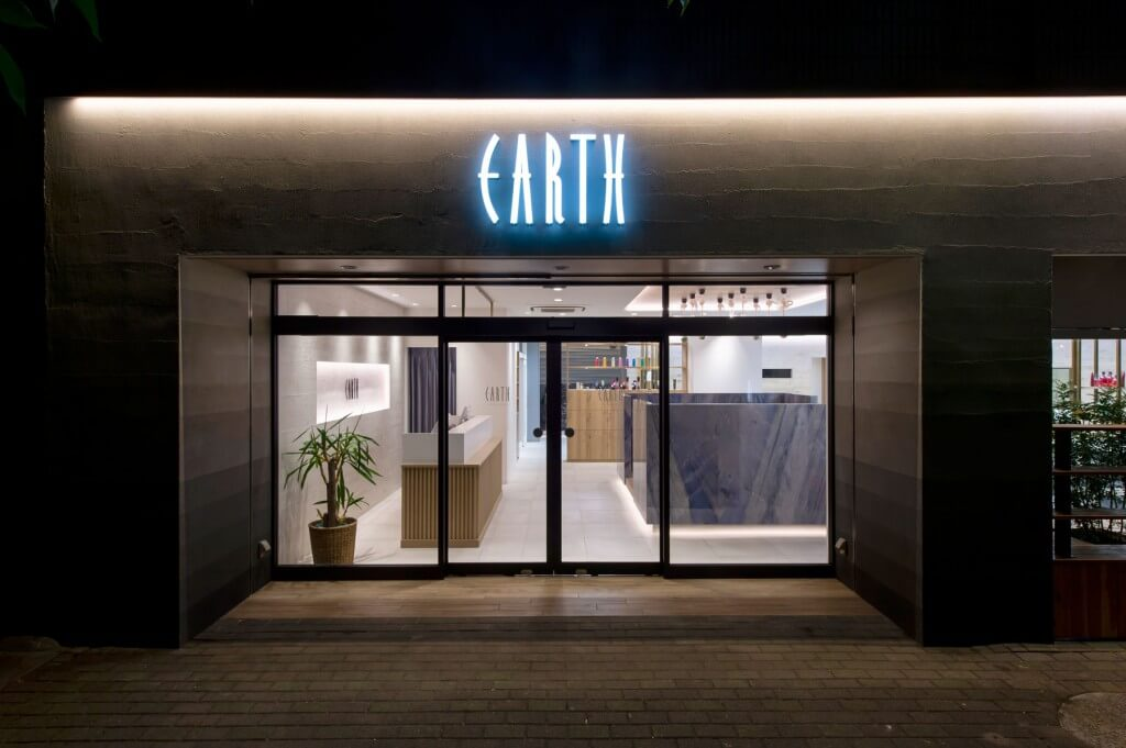 HAIR&MAKE EARTH 葛西店 / Tokyo