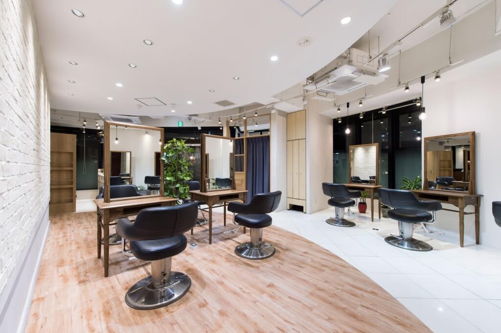 HAIR&MAKE EARTH 自由が丘店 / Tokyo