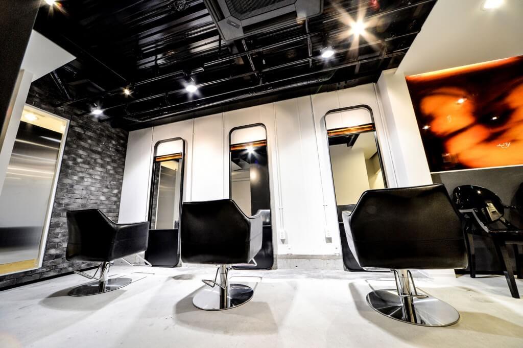 salon de Y & salon de H / Osaka
