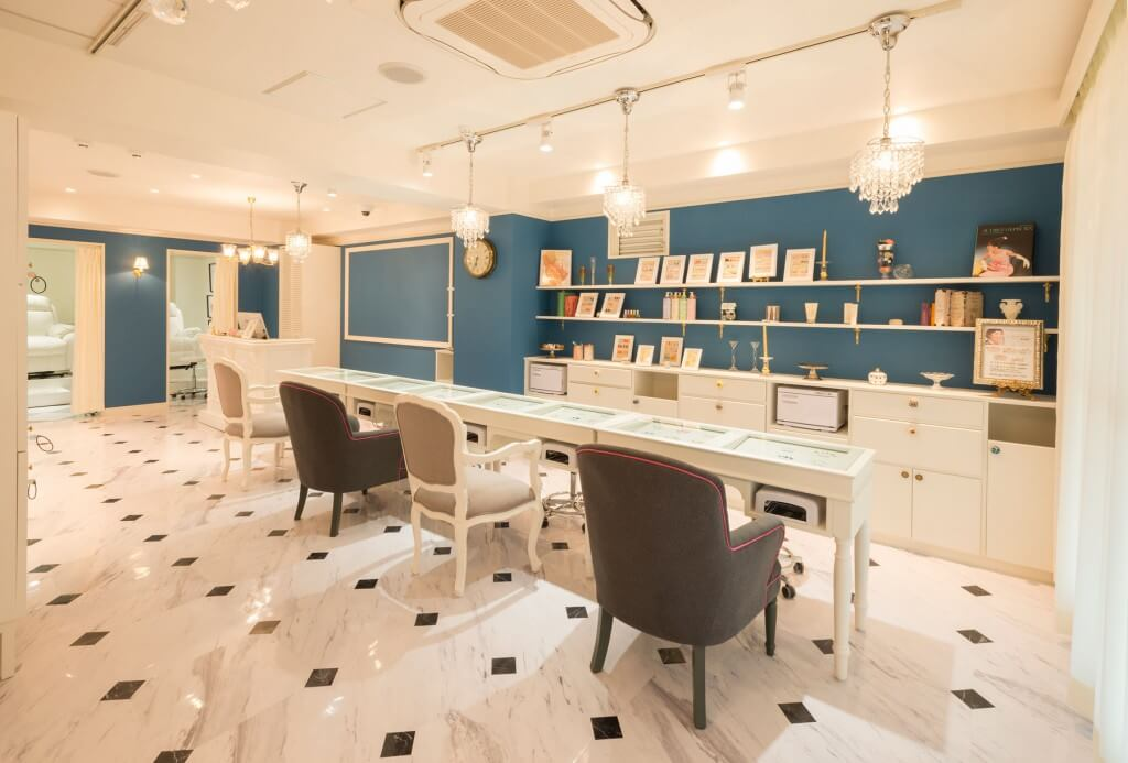 mary nail&eyelash 西大寺店 / Nara