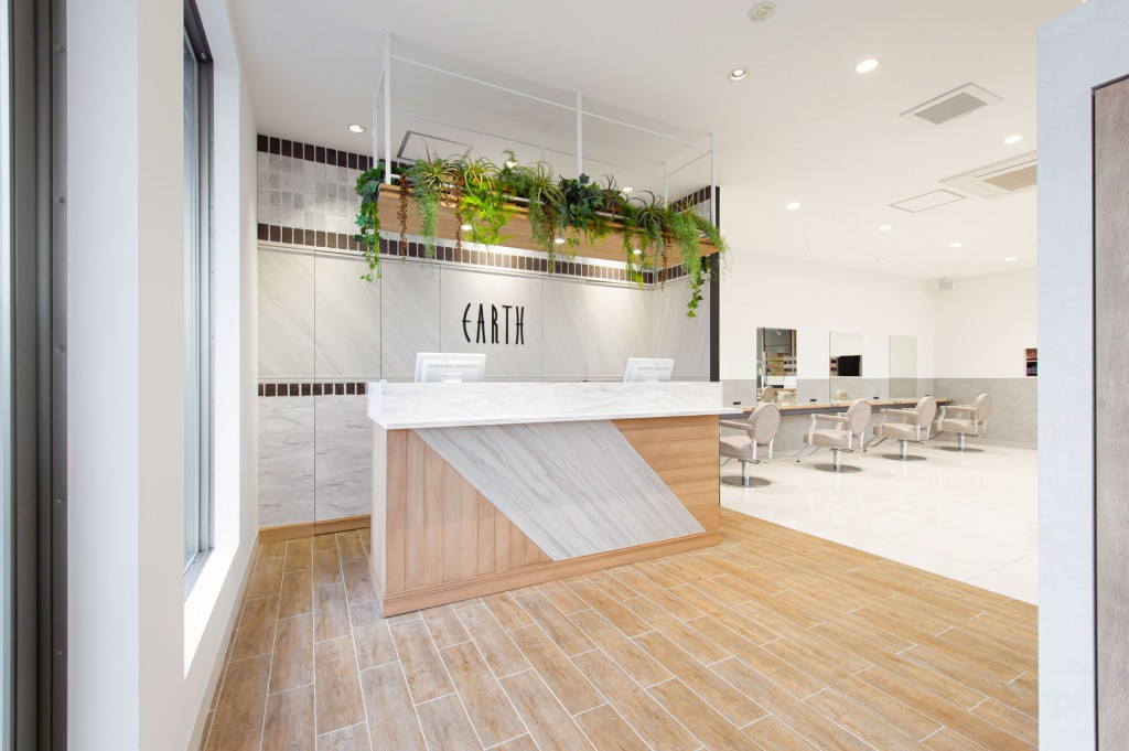 EARTH coiffure beaute もねの里店 / Chiba